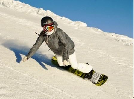 Подъемник и сноуборд для начинающих